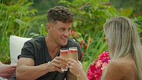 First Look at Tonight's LOVE ISLAND - 8/04