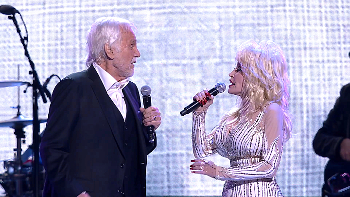 Dolly Parton & Kenny Rogers | Islands In The Stream
